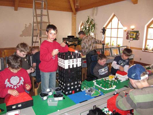 LEGO-ZEIT - Christopher, Joel, Noah, Willy