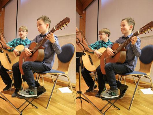 """Manuel und Florian gaben das Stück """"Alle Jahre wieder"""" zum Besten."""