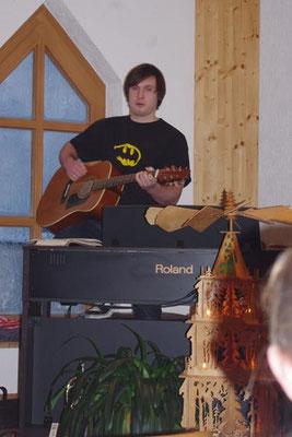 2. Advent 2012 - die Kinder (und auch die Mitarbeiter) vom Treffpunkt für Kids singen ein Lied