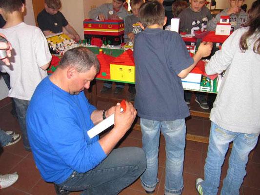 LEGO-ZEIT - Konzentration Thomas