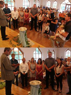 Oben: die Taufgesellschaft Eltern und Paten    Unten: die Paten der Beiden