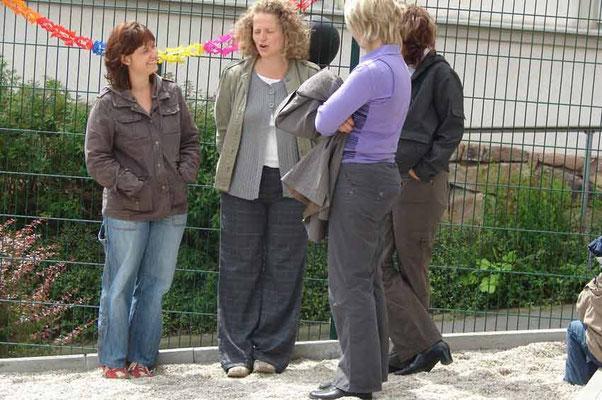 Astrid, Katrin, Elke (versteckt: Katrin)