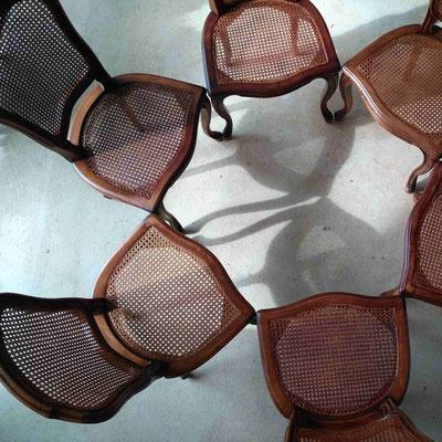 Chaises de style Régence cannées © Marlène Vidal