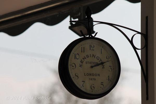 L'orologio dell'Onda Matta - Bologna