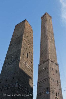 Torre Asinelli e Torre Garisenda - Bologna