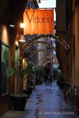 Addobbi natalizi a Bologna