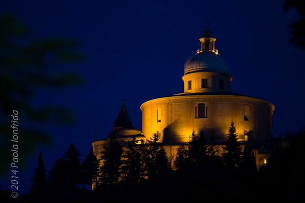 Basilica di San Luca by night - Bologna