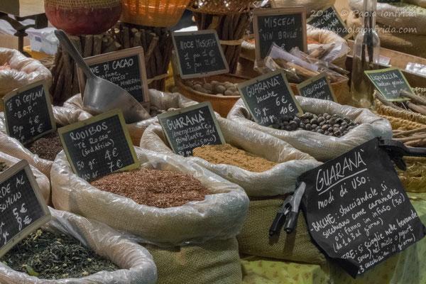 Al mercato delle spezie