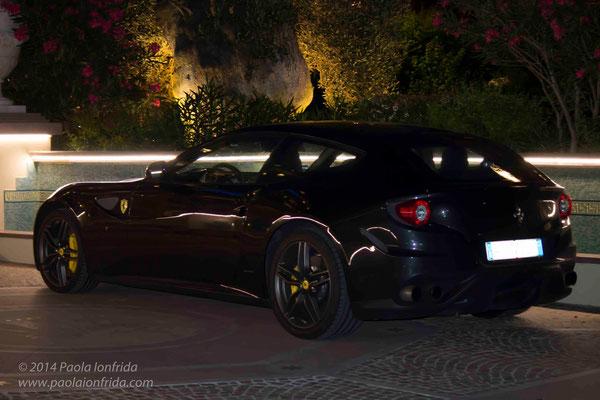 Ferrari FF nera