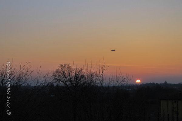 L'aereo e il tramonto