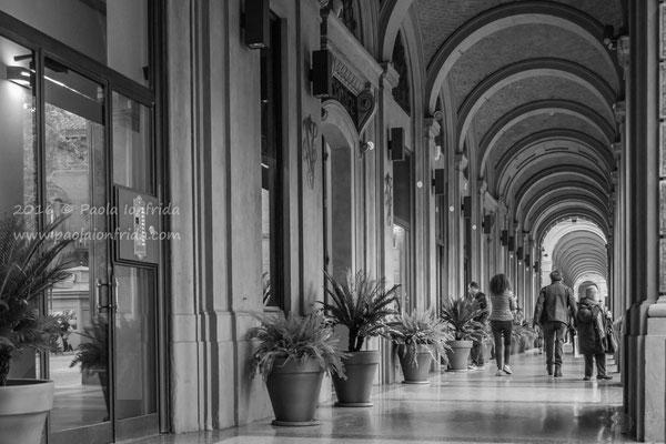 Bologna - Via Farini