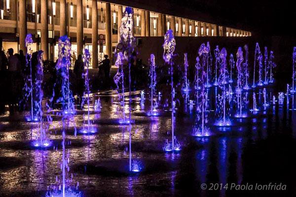 Fontana luce blu di Reggio Emilia