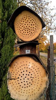 Löcher nicht längs zur Faserrichtung bohren. Hier reißt das Holz.