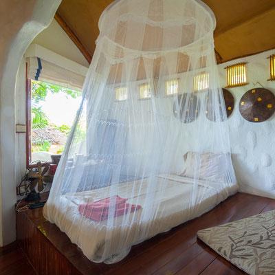 Ein typisches Moskitonetz in einem kambodschanischem Hotel