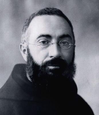 Padre Bernardo Mazza d'Alpicella (1883-1937), proveniente dalla Provincia cappuccina di Parma, nel 1924 fu chiamato a governare quella di Sant'Angelo come Commissario generale. Divenutone Ministro nel 1925, tenne la carica fino alla improvvisa morte