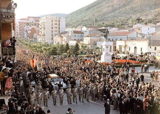I solenni funerali (26 settembre 1968). Essendo la figura del Padre ancora molto controversa, vi presero parte ben pochi rappresentanti della gerarchia, tra i quali l'amministratore apostolico di Manfredonia mons. Cunial e il vescovo di Foggia Lenotti
