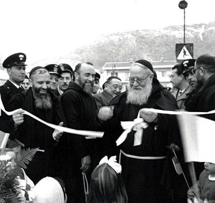 Fu accanto al futuro Santo con le stimmate nei momenti più importanti della sua giovinezza: dal ritorno a Pietrelcina del 1909, all'ordinazione sacerdotale del 10 agosto 1910, alla sua Prima Messa, alle estasi e alle vessazioni diaboliche di Venafro