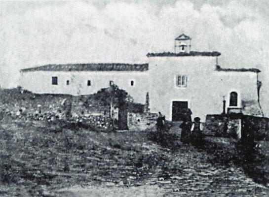Il convento di Sant'Elia a Pianisi, dedicato a S. Francesco, ai primi del Novecento. Fra Pio vi arrivò il 25 gennaio 1904, sotto la neve