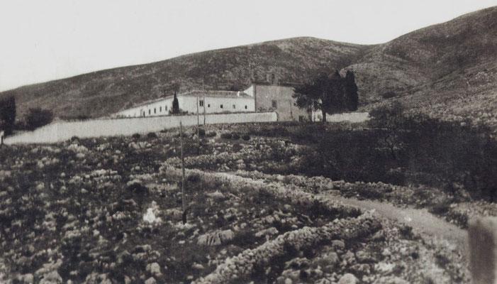 In questo convento Fra Pio arrivò una prima volta la sera del 28 luglio 1916; vi ritornò il successivo 4 settembre, per restarvi fino alla morte, avvenuta il 23 settembre 1968