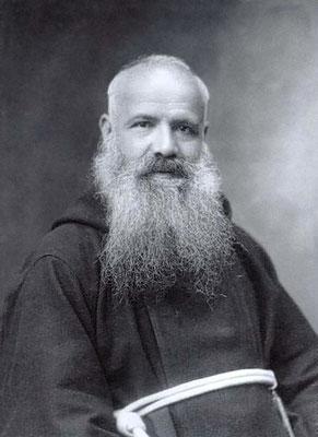 Padre Vigilio Dalla Zuanna da Valstagna (1880-1956). Fu Ministro provinciale del Veneto e in seguito Ministro generale dei Cappuccini dal 1932 al 1938. Predicatore apostolico in Vaticano, nel 1941 venne promosso vescovo di Carpi, per rinunciarvi nel 1952