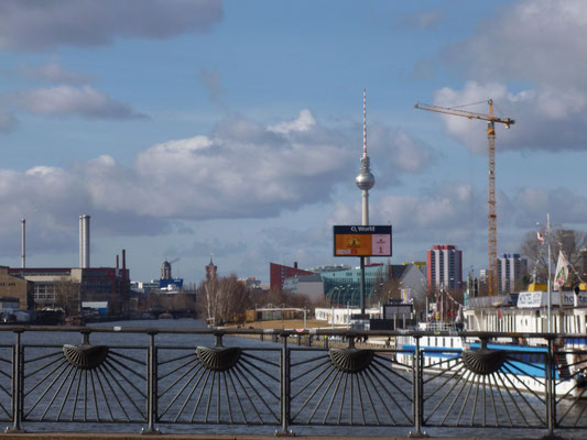 MercedesBenzHalle Berlin Kieztour