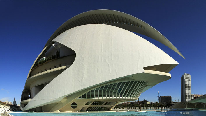 Theater Valencia, architect Calatrava