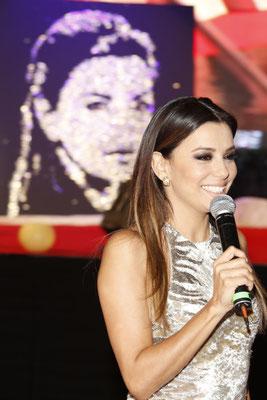 Eva Longoria présente la vente aux enchères de Marbella