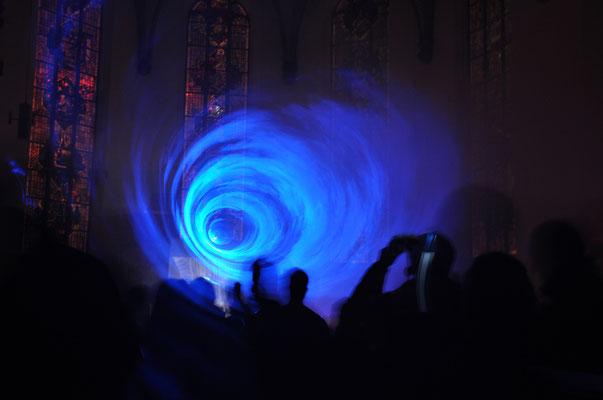 Lichtinstallation anlässlich der Luminale in der Frankfurter Katharinenkirche