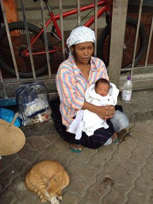 Viele Kinder werden direkt auf der Straße geboren.