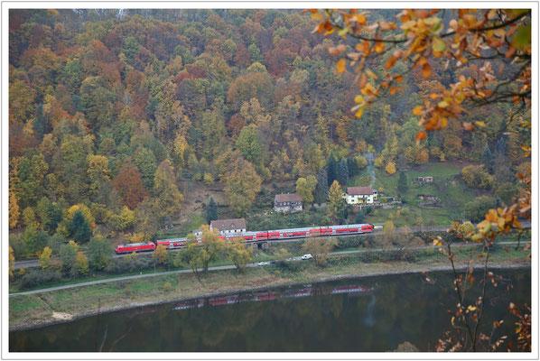 ...die S-Bahn rauscht elbabwärts