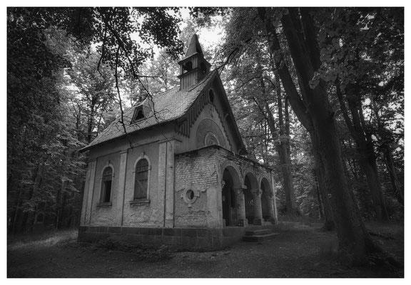...die Kapelle hingegen...