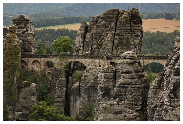 ...und der Klassiker im Basteigebiet: die bekannte Basteibrücke