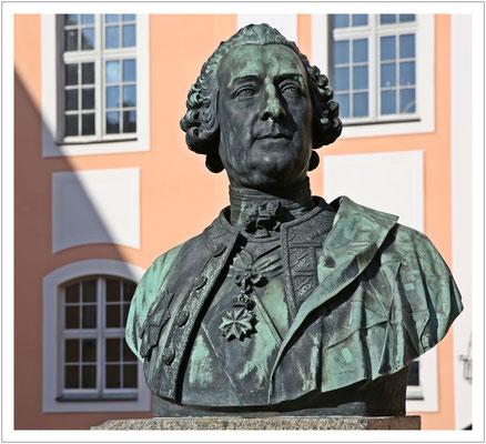 Der Generalpostmeister Adam Rudolph von Schönberg residierte einst auf Schloss Reichstädt...
