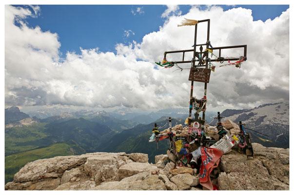 ein Hauch von Himalaya auf dem Gipfel des Piz Boè