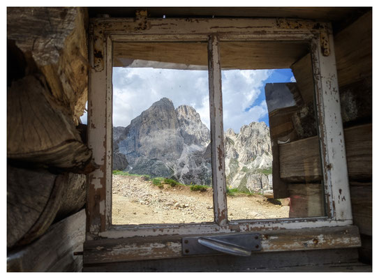Blick von der Hütte Baita Marino Pederiva zum I Mugoni