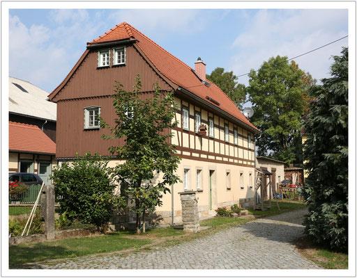 hier wohnte einst der Altbauer - Auszugshaus in Hohburkersdorf