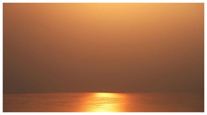 Sonnenuntergang über dem Bodensee (I)