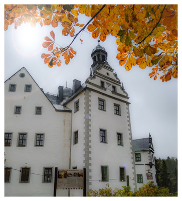 Herbst auf Schloss Lauenstein im Osterzgebirge