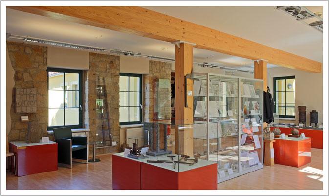 Blick in die kleine Ausstellung im Obergeschoss des Huthauses