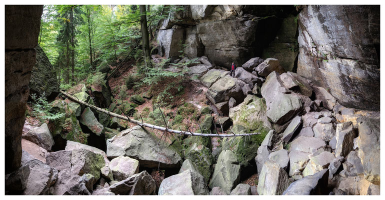 Felsenkessel am unteren Terrassenweg