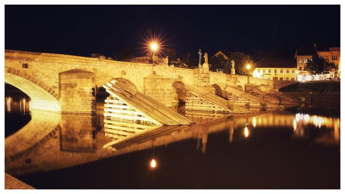 Die Steinbrücke über die Otava ist die älteste erhaltene Brücke in Tschechien und vermutlich die zweitälteste erhaltene Steinbrücke in Europa nördlich der Alpen.