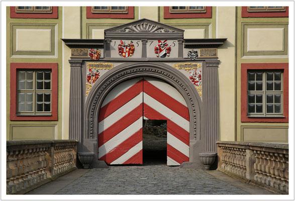 Hauptportal von Schloss Weesenstein (2016)
