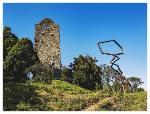 Kunst am (Burgen)Bau: die Ruine Neuravensburg.
