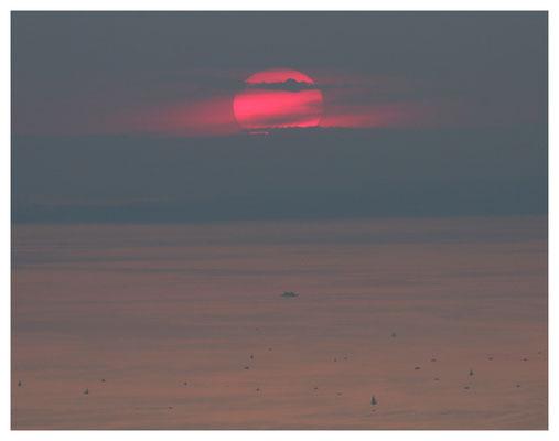 Sonnenuntergang über dem Bodensee (III)
