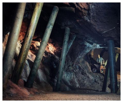 """...diesmal in die unterirdischen Welten der Grube """"Christiane"""" in Adorf..."""