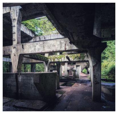 ...die imposanten Reste der Grube Rolava (Sauersack).