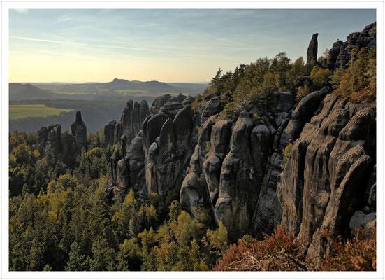 Türme, Nadeln, Zacken - die Felsenwelt der Schrammsteine
