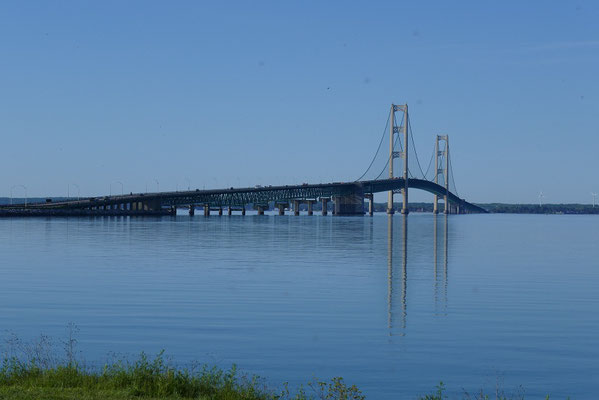 Die Mackinac-Bridge nach Upper Peninsula