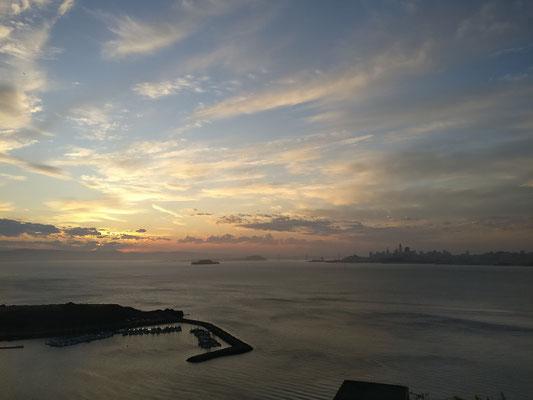 SFC - Sonnenaufgang an unserem Übernachtungsplatz