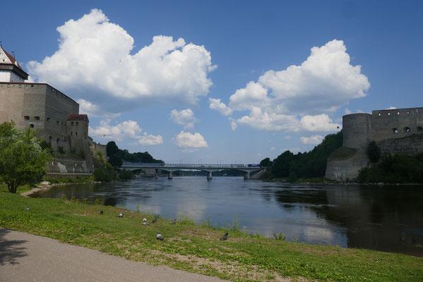 Grenzstadt Narva - russische Grenze